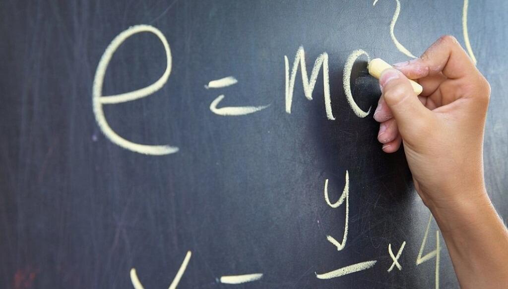 Повторите основные формулы по физике перед ЕГЭ